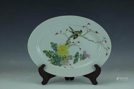 A Famille Rose Porcelain Flower Birds Plate