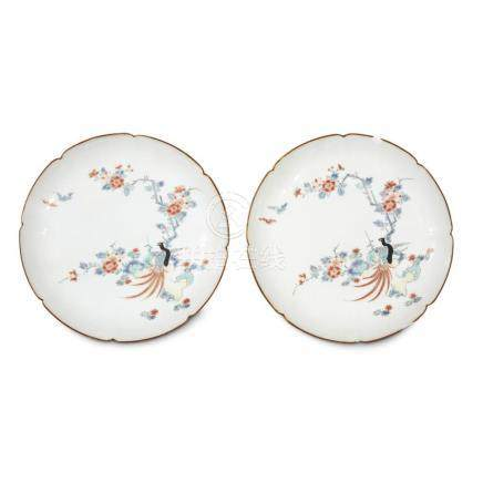 A pair of Japanese porcelain lobed dishes decorated in Kakie