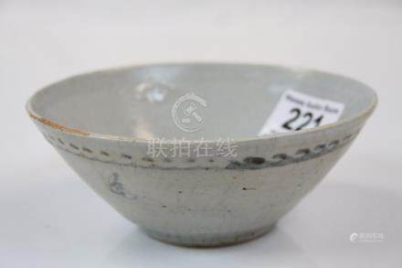 Ming Dynasty Hoi An Hoard Tapered Bowl, c1550