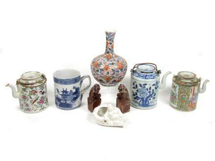 A blue and white tankard and other ceramics 18th century and later (11)