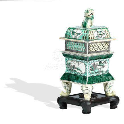 A famille verte incense burner and cover on wood stand Kangxi style but late 19th century (3)
