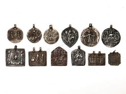 LOT WITH 12 SILVER AMULETS – INDIA 18th 19th CENTURY
