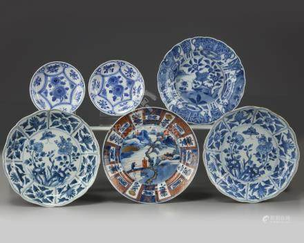 A group of six Chinese and Japanese blue and white dishes