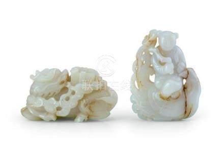 Two jade carvings, 19th/20th century (2) 9.7 cm long, 9cm hi