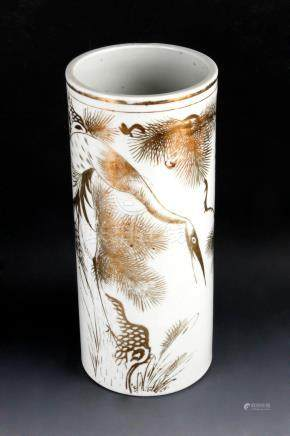 A 20th century Chinese porcelain brush pot from the Republic