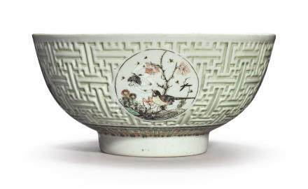 A FINE FAMILLE-VERTE MOLDED BOWLQing Dynasty, Kangxi Period
