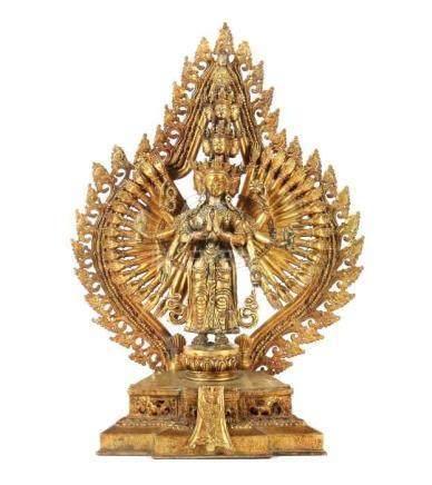 Elfköpfiger AvalokiteshvaraTibet, 19. Jh., Bronze/vergoldet, vollplastische Darstellung des 11-