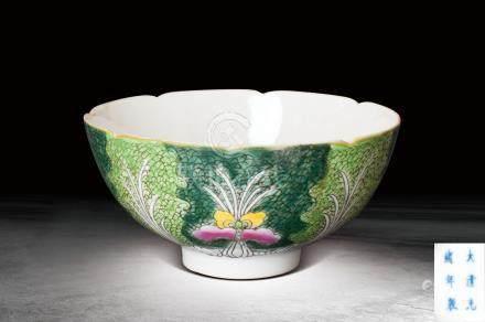 清 玉彩花卉纹碗