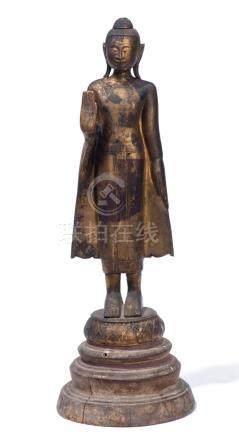 Bouddha birman en bois doré