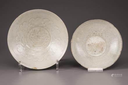 Two celadon glazed bowls