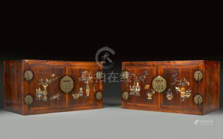 A magnificent and massive pair of huanghuali inlaid hat-chests 17th/18th century (2)