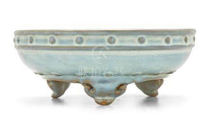 A RARE JUNYAO MOON-WHITE GLAZED NUMBERED NARCISSUS BOWL Early Ming dynasty (2)