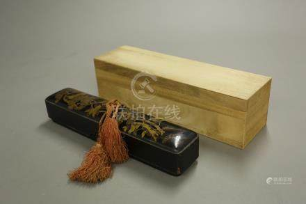 蒔繪花卉長方盒