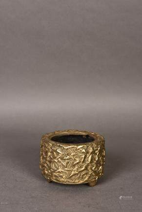 A CRANE PATTERN GILT BRONZE CENSER