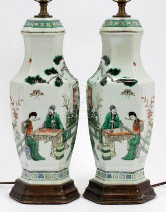 CHINESE, PORCELAIN LAMPS, 19TH C., PAIR