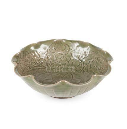 Chinese bowl in Yaozhou celadon stoneware, 11th-12th Centuri