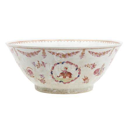 Great Chinese bowl in Indian Company porcelain, 19th Century