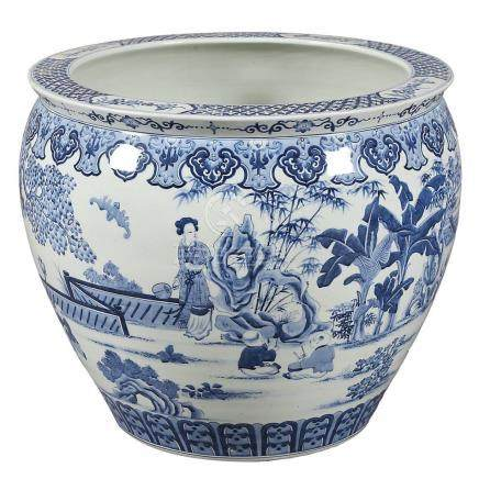 Large Chinese porcelain jardiniere, 20th Century.