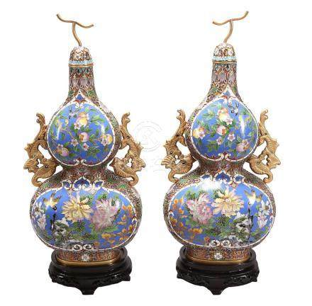 """Pair of Chinese """"pumpkin"""" vases with lid in """"cloisonné"""" ena"""
