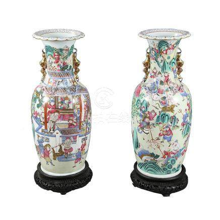 Pair of large Chinese porcelain vases, last third of the 19t