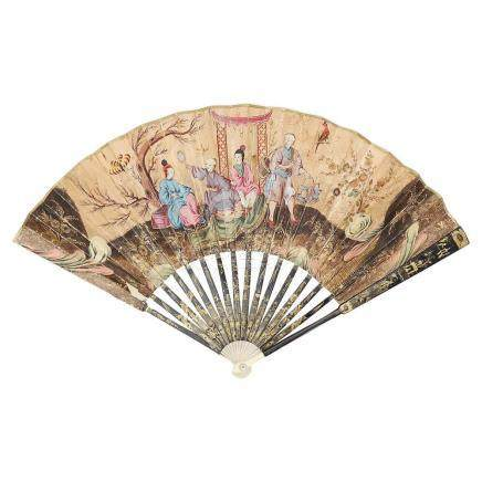 Chinese fan in lacquered wood with leaves in gouache paintin