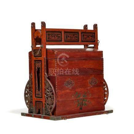 Coffre de mariage en bois - Chine - h. 114 cm - larg. 95 cm /