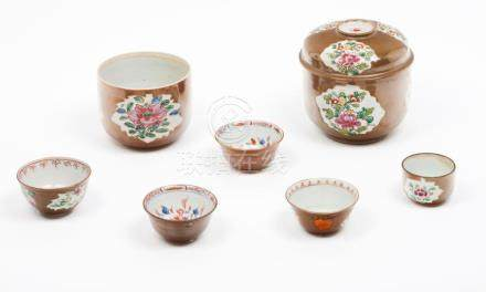 A set of boxes and bowls