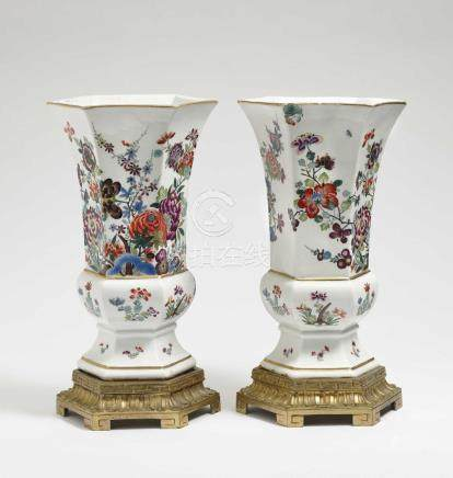A pair of vases Meissen, circa 1730/1735