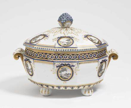 A tureen Nymphenburg, after the model by Dominikus Auliczek
