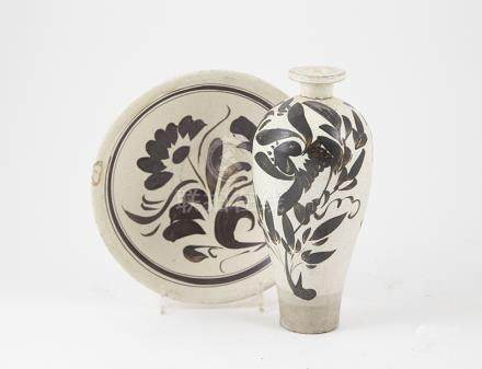 Chin Dynasty Tz'u-chou Mei Ping Vase traditional black painted floral spray on white celadon glaze