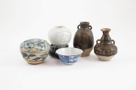 Five Provincial Ming Ointment Pots and Dish buff pottery glazed blue and white and white celadon