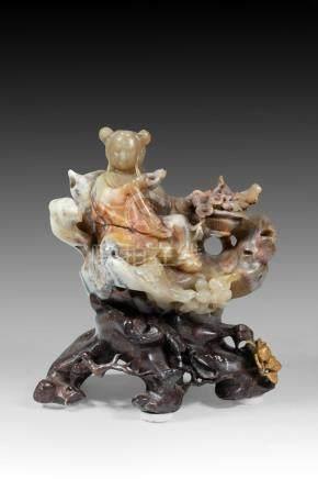Sculpture en stéatite. Chine. XIXème. L : 19 cm.