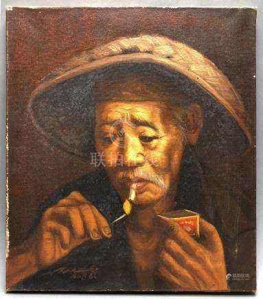 Ecole vietnamienne du XXe siècle. Vieil homme la cigarette. Huile sur toile. Po
