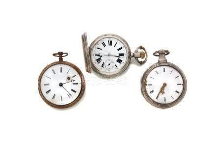 LOT de 3 montres de poche.2 montres à coq dont une en argent 1 montre de poche
