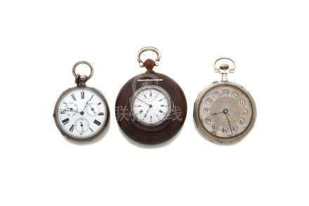 LOT de 3 montres de poche fin 19e. Tabatière ou boite à secrets en argent et bo