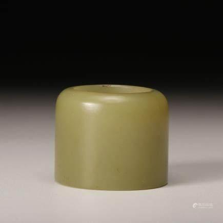 CHINESE YELLOW JADE THUMB RING