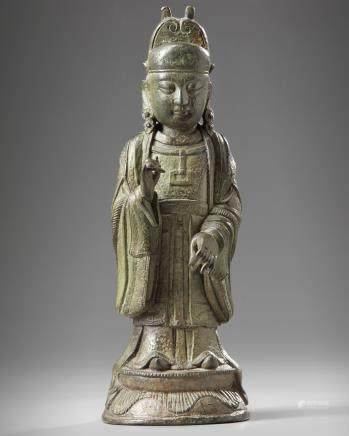 A Chinese bronze figure of an official