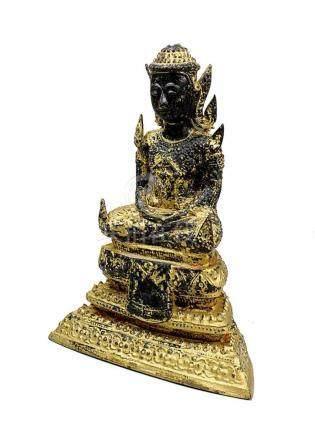Bronze-Buddha, Thailand 19. Jh., Buddha in Meditationshaltung auf dreistufigem Thron sitzend, Bronze