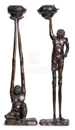 Paar BronzenTenaga und Ashinaga, Japan wohl Ende 19. Jh. Braun patiniert. Hockende Figur m. langen