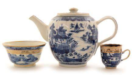 Chinese export blue and white teapot, coffee cup and bowl,