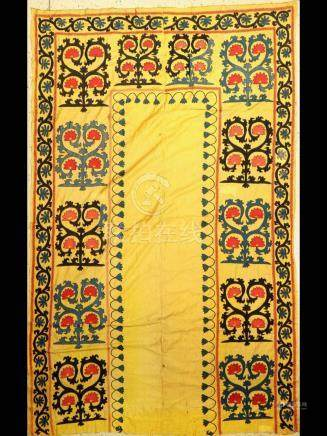 Yellow Susani old, Bukhara, Turkestan, around 1930, silk /