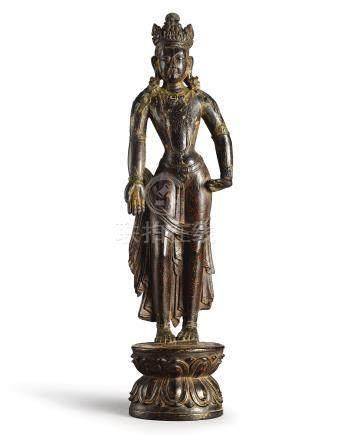 十二至十三世紀   藏傳紫檀描金觀音菩薩立像