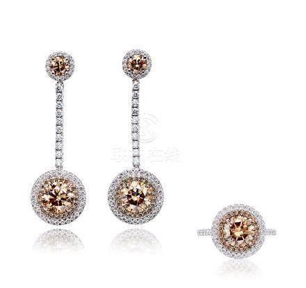 彩色钻石配钻石戒指及耳环套装