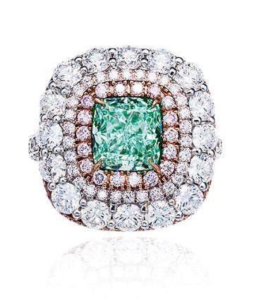 2.36克拉轻淡绿色钻石配钻石戒指/ 挂坠,净度内部无暇