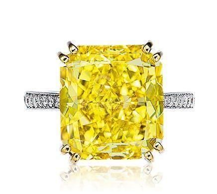 12.07克拉艳彩黄色钻石配钻石戒指,净度内部无暇