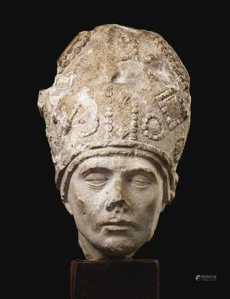 十五世紀末   法國布根地石灰石雕戴冠主教頭像