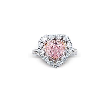 2.21克拉心形粉红钻石配钻石戒指
