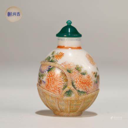 CHINESE PAINTED ENAMEL ON GLASS SNUFF BOTTLE