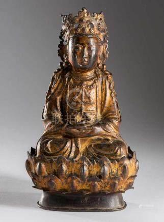 Große Guanyin Buddha Figurauf Lotus. Bronze Guß mit Resten der alten Vergoldung. Sitzende