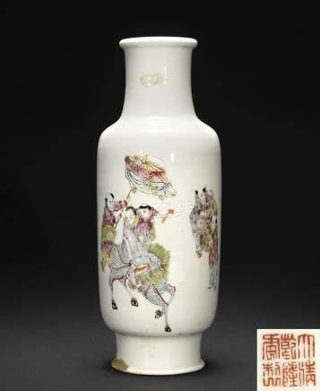 十九世紀 粉彩麒麟送子瓷瓶